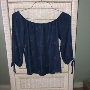 Tops - Off the shoulder top